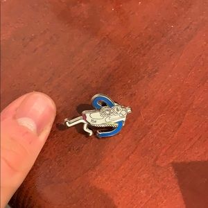 Limited edition Nike Running 15K pin
